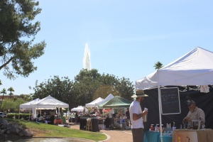 Thursday Farmer's Market is Back for the Season on Avenue of the Fountains! Stop by!
