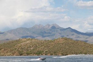4 PEAKS FROM sAGUARO lAKE