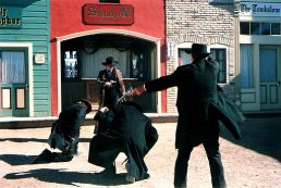 512px-Gunfight_at_the_OK_Corral_2